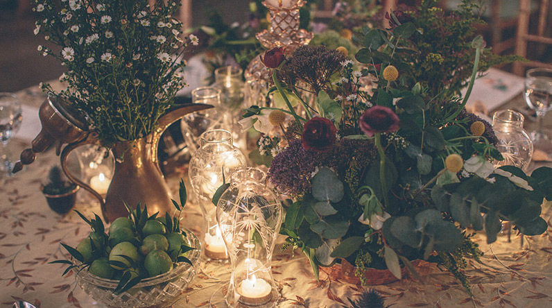 Lace Events / Ramadan decorating / flowers on table